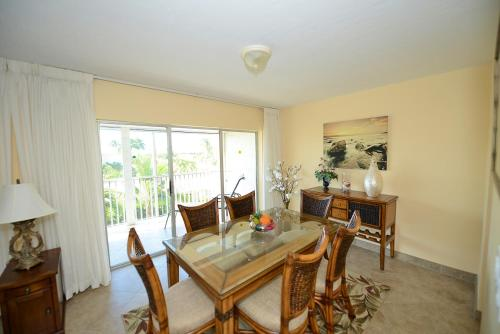 Sanibel Siesta on the Beach Unit 109 Photo