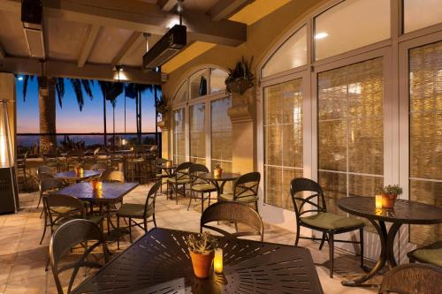 Hilton Garden Inn Carlsbad Beach Photo