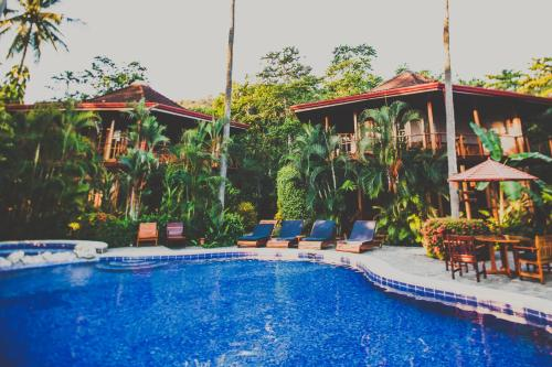 Tambor Tropical Beach Resort Photo