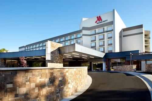 Raleigh Marriott Crabtree Valley Photo
