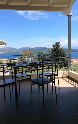 Two bedroom apartment with magnificent sea view, Nikiana