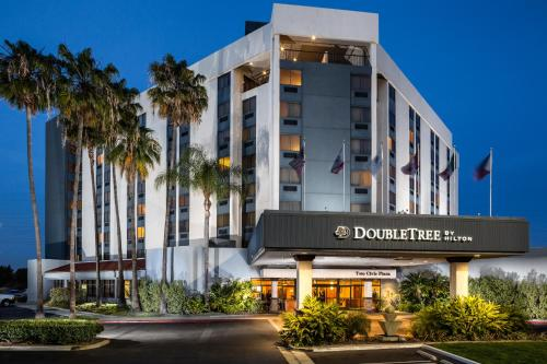DoubleTree by Hilton Carson Photo