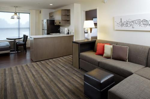 Hyatt House Raleigh North Hills Photo