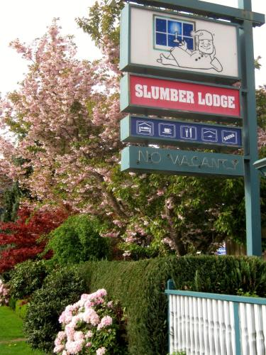 Slumber Lodge Photo