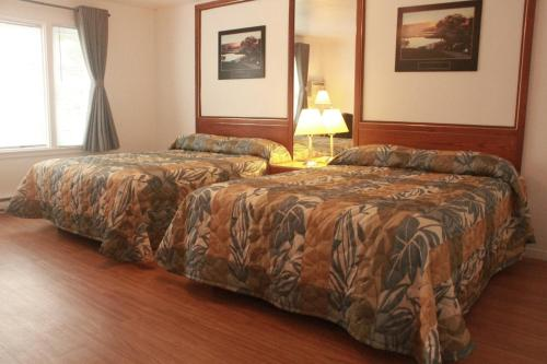 New Rockland Motel Photo