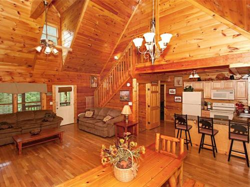 Moose Creek Lodge Photo