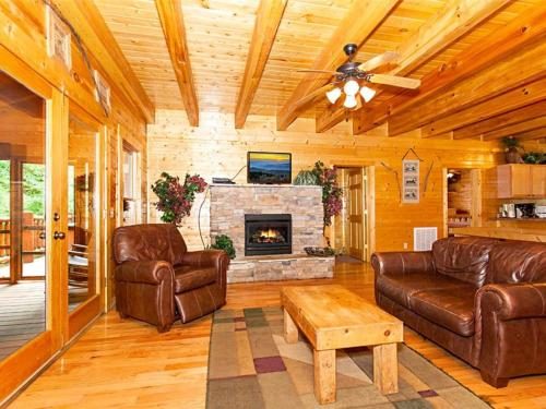Creekside Lodge Photo