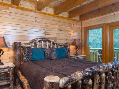 Rustic Cinema Lodge Photo