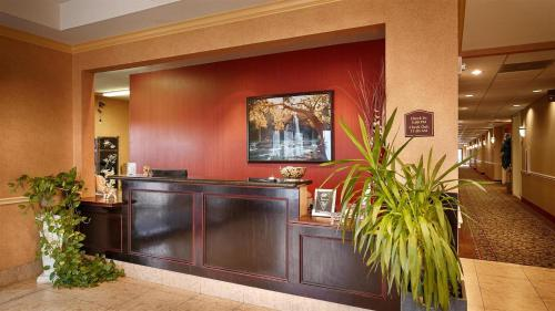 Best Western Plus Livingston Inn and Suites Photo