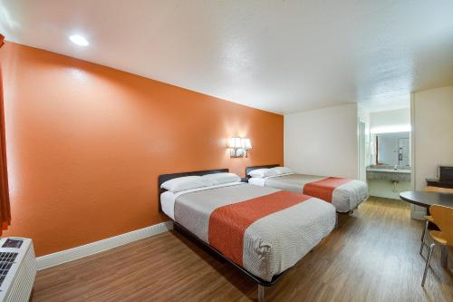 Motel 6 San Antonio - Windcrest Photo