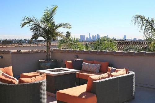 Awesome Stay in Hollywood 9 Photo