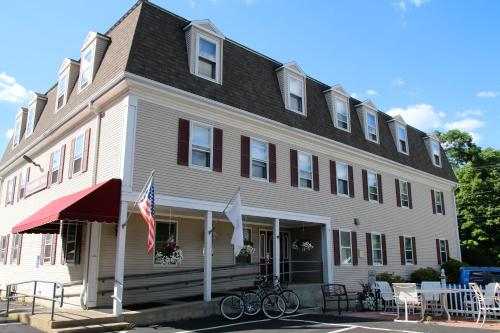 Westborough Inn Photo