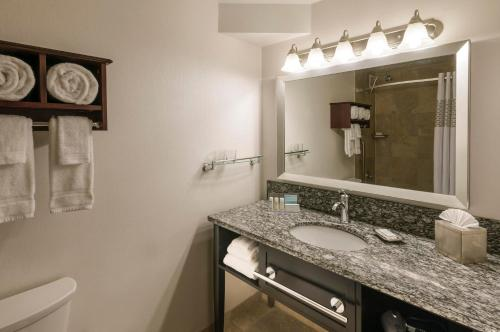 Homewood Suites Chicago Downtown - Magnificent Mile photo 33