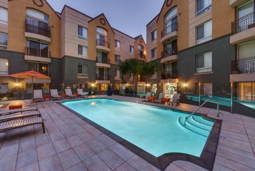 Marina del Rey Suites - Los Angeles, CA 90292