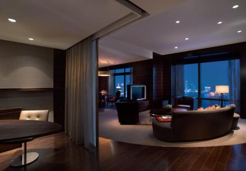 Hyatt on the Bund photo 43
