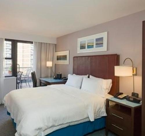 Hampton Inn Seaport Financial District Photo