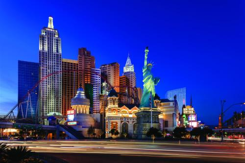 New York-New York Hotel & Casino - 4.33 star rating for travel with kids