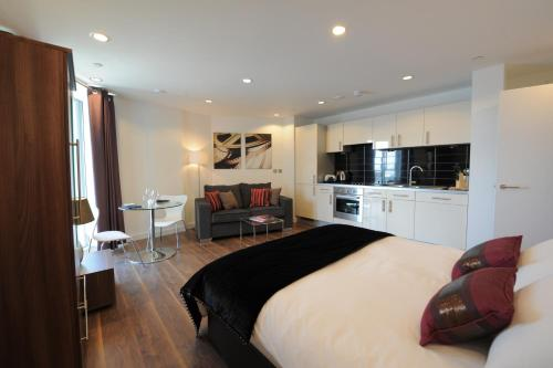 TheHeart Serviced Apartments - 1 of 24