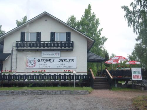 Photo of Biker's House Guesthouse Hotel Bed and Breakfast Accommodation in Nakkila N/A