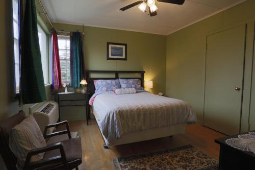 The Meems' Elliston B&B Photo