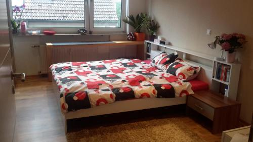 Cozy room in Private apartment near Airport, Messe and Stuttgart