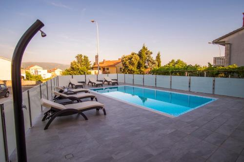 Apartments & Rooms Krk