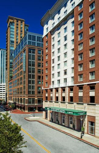 Courtyard by Marriott Baltimore Downtown/Inner Harbor Photo