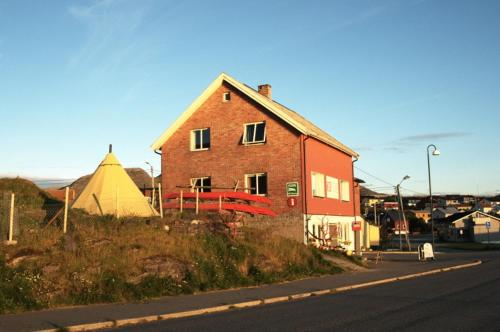 Photo of B&B Red Tree Hotel Bed and Breakfast Accommodation in Mehamn N/A