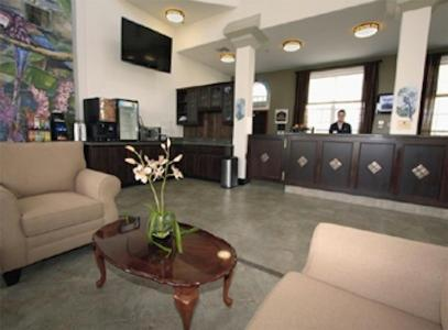 Best Western Plus Oxnard Inn Photo