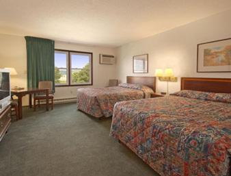 Travelodge Denison - Denison, IA 51442