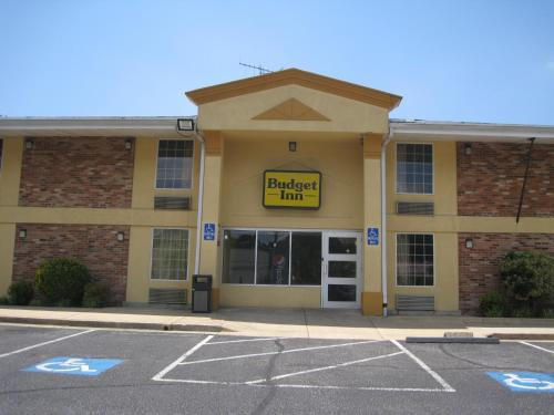 Budget Inn Temple Hills Photo