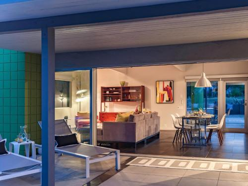 Beverly Modern - Palm Springs, CA 92264