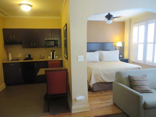 BEST WESTERN PLUS Hawthorne Terrace Hotel Photo