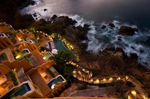 Cala de Mar Resort & Spa Ixtapa Photo