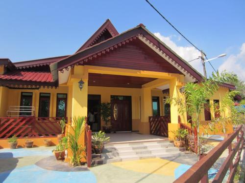 Zulina Homestay
