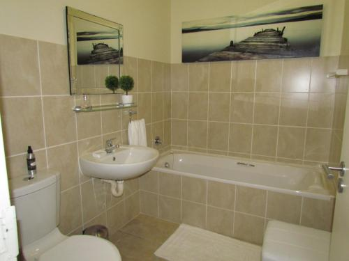 Canal view apartment Bougain Villas Donyo 308 Photo