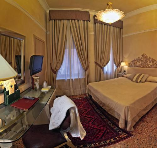 Hotel Liassidi Palace - Small Luxury Hotels of the World photo 6