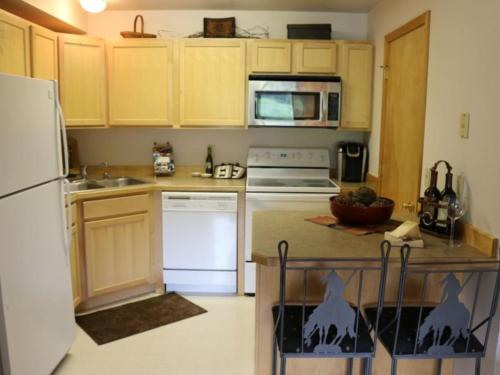 Big Sky Mountain Village Condo Photo
