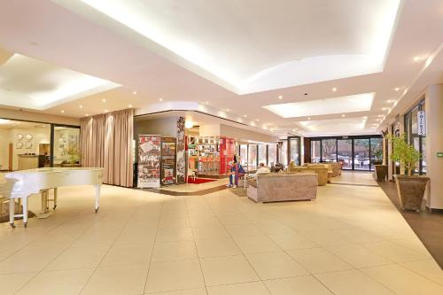 Rockwell Suites by Totalstay Photo