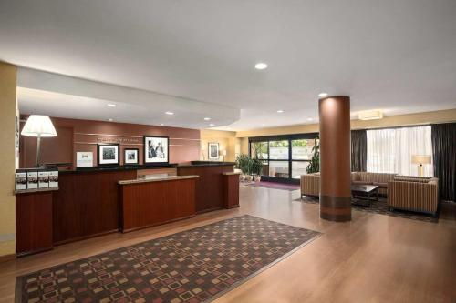 Hampton Inn Los Angeles/Carson - Carson, CA 90746