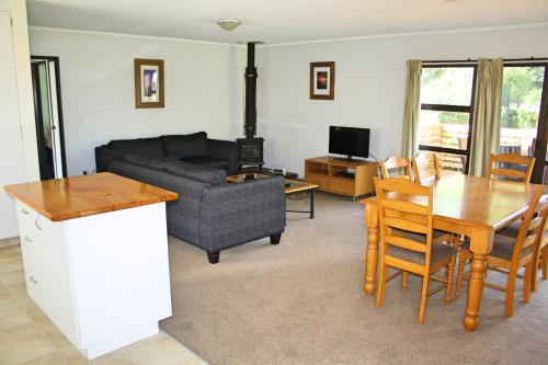 Bucks Point - Norfolk Island Holiday Homes Photo