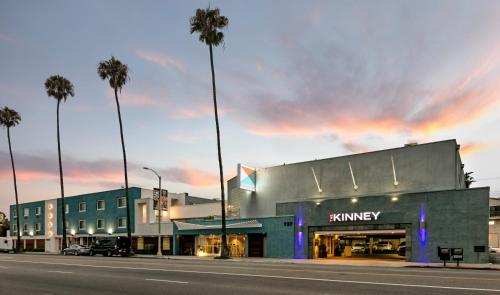 The Kinney - Venice Beach Photo