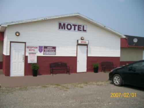 Motel le Cordon Rouge Photo