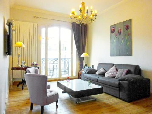 Apartment Boulevard de la Madeleine Paris impression