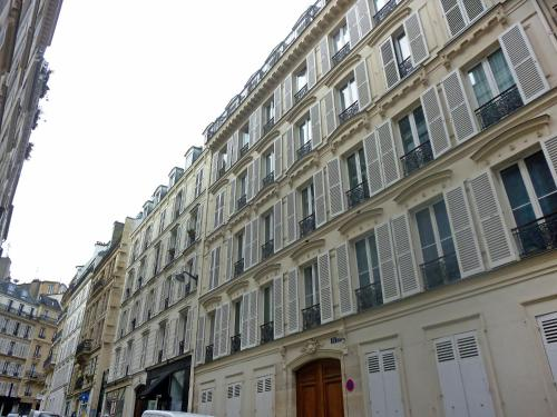 Apartment Rue Arc Triomphe Paris photo 8