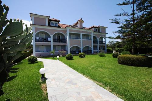 Sofia - Yiota Studios & Apartments - Tsilivi Greece