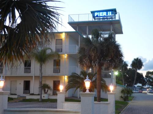 Pier II Resort Photo