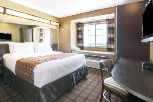 Microtel Inn & Suites by Wyndham Austin Airport photo 15