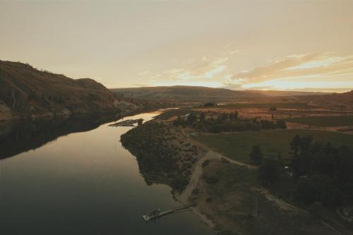 Columbia River Ranch Photo