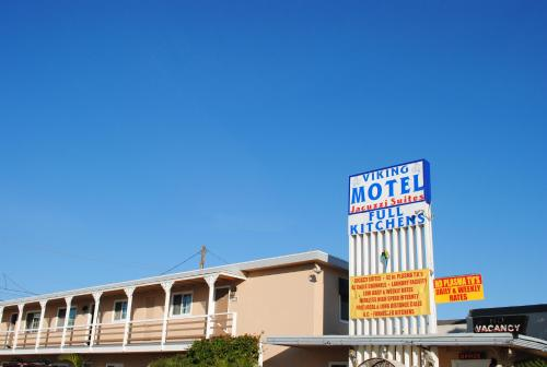 Viking Motel Photo